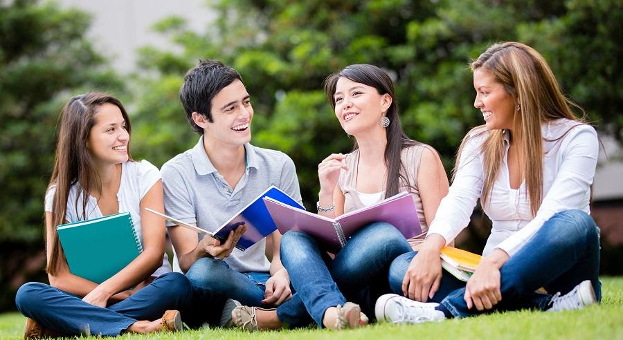 öğrenci için ders çalışmak